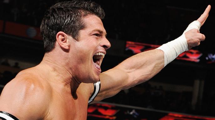 إيفان بورن يكشف حقيقة علاقته باتحاد إمباكت ويتحدث عن ماضيه مع WWE