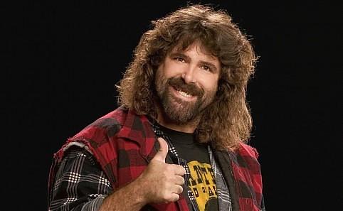 تعرفوا على توقعات أساطير WWE لنتائج نزالات سمر سلام 2014