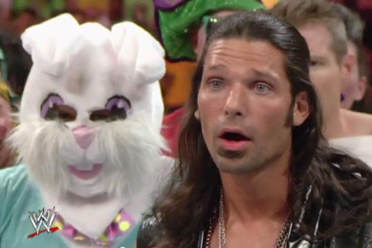 آدم روز يعبّر عن رأيه بما يجري خلف كواليس WWE