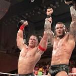 راندي أورتن يسخر من إهمال WWE لقمصانه بطريقة طريفة (صورة)