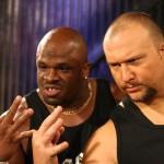 الدادلي بويز يشاركان في عرض يعج بالنجوم خارج WWE