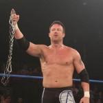 TNA توثق عقود المزيد من نجومها الكبار