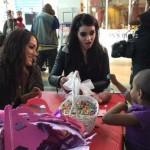 مجموعة صور لزيارة نجوم WWE لمستشفى الأطفال