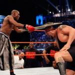 جماهير المصارعة تريد فلويد مايويذر لمواجهة بروك ليسنر