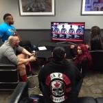 نجوم المصارعة يلعبون WWE2K16 خلف الكواليس (صور)