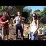 دانيال براين يتحول لمزارع في منزله (فيديو)