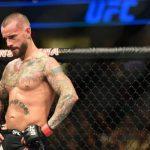 تصريح ساخر وناري من مذيع UFC جوي روغان ضد سي ام بانك!