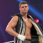 كودي رودز وزوجته غاضبان من WWE، بايج تقترب خطوة جديدة نحو العودة