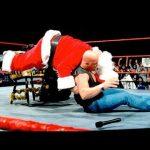 WWE تستذكر جنون ستيف أوستن في موسم الأعياد (فيديو)