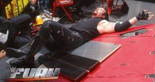 شاهد أكثر لحظات السقوط التي تسبب بألم مبرح للمصارعين في WWE (فيديو) كل الأخبار يوتيوب المصارعة الحرة  أخبار المصارعة الحرة 2017 أخبار المصارعة الحرة أخبار المصارعة 2017 أخبار المصارعة