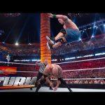 شاهد أقوى قفزات جون سينا بقدمه من فوق الحبال (فيديو)