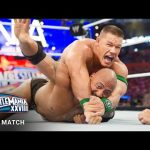 WWE تستذكر المواجهة الأسطورية بين ذا روك وجون سينا في الرسلمينيا 28 (فيديو كامل)