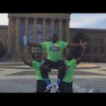 نيوداي يروجون لمهرجان راسلمينيا 33 (فيديو)، مصارع يتعرض للسرقة