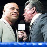 هل تناقش كيرت أنجل مع فينس ماكمان حول عودته للمصارعة؟