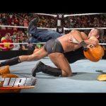 شاهد 15 هجوما بأسلحة غير تقليدية فوق حلبات WWE