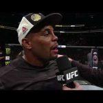 دانيال كورميير يحافظ على لقب UFC ويسخر من جون جونز!