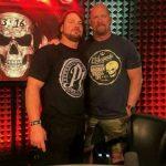 من أكثر المصارعين ثقة بالنفس وثباتا في الأداء في WWE برأي ستيف أوستن؟