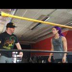 ساشا بانكس تتدرب مع المبتدئين (فيديو)، نجوم الرو وسماكداون في تيك أوفر بروكلين