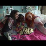 نجوم المصارعة يزورون مستشفى الاطفال، نتاليا تتدرب على الغناء