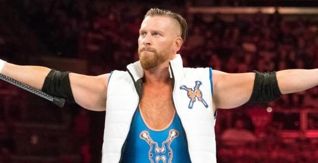 حضور شحيح في عرض الرو الأخير، WWE تهنىء كيرت هاوكينز على تحقيقه لرقم قياسي