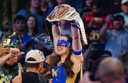 تتويج بطل جديد لاتحاد WWE في الرو الليلة