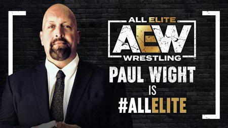 نجم WWE السابق والكبير ينضم رسميًا إلى AEW
